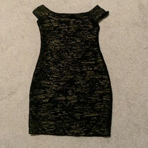 NWOT Hot Gal Black and Gold Bodycon Dress Sz. M